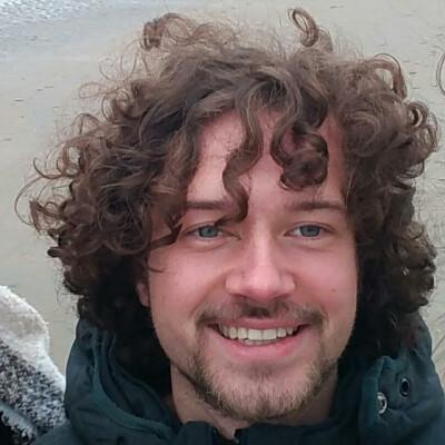 Alec zoekt een Huurwoning / Appartement / Studio / Kamer in Delft
